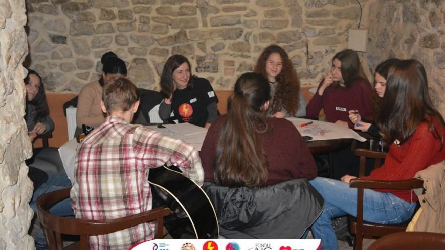 VU: Tinerii au nevoie de sprijin moral